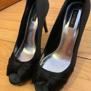 White house black market high heel shoes size 9